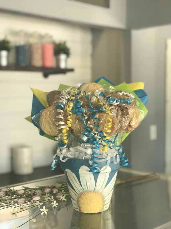 Blue Daisy Cookie Bouquet by Kookie Krums