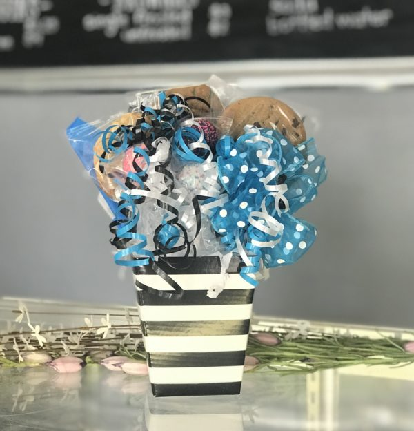 Sweet Treat Striped Bouquet by Kookie Krums